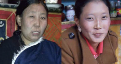 Nyima Lhamo (left) and her mother Dolkar