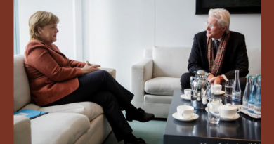 Richard Gere Discussed Tibet With German Chancellor Angela Merkel