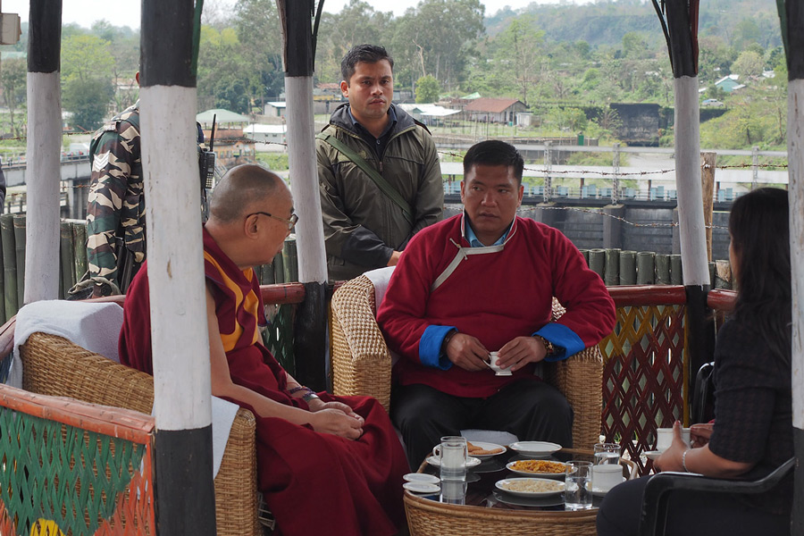 His Holiness the Dalai Lama and Arunachal Pradesh Chief Minister Pema Khandu taking a break for tea at Bhairabkunda on their journey by car to Arunachal Pradesh from Assam