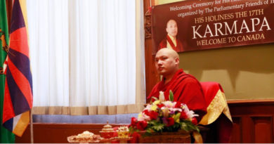 Karmapa Promised To Return To Tibet Soon In 1999