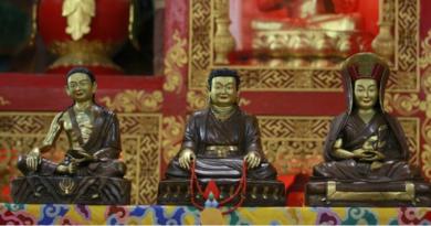 Check Out Karmapa's Several Amazing Artworks