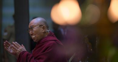 Dalai Lama's 'Tibet Does Not Seek Independence' Draws Mixed Reactions