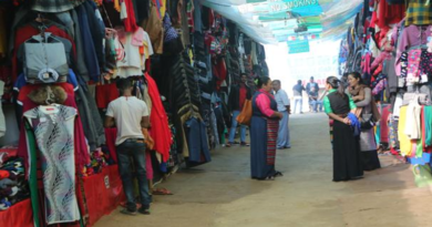 Tibetan Markets Woolens More Expensive With GST But Crowd Continues