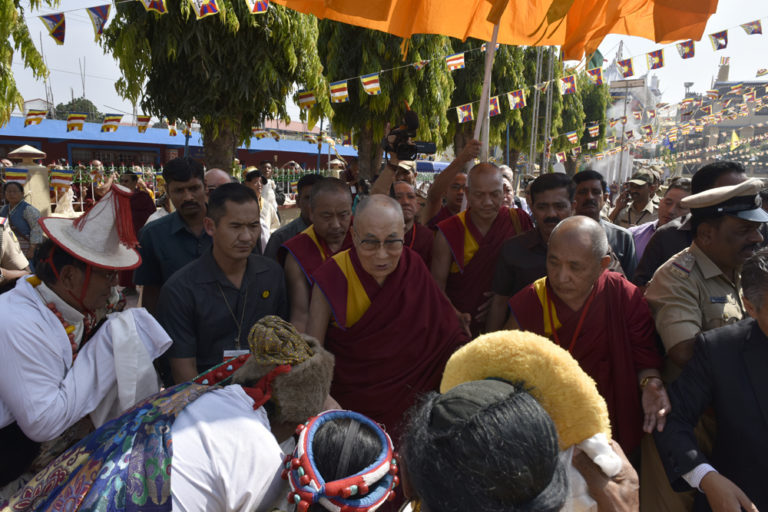 His Holiness the Dalai Lama arrives to a warm welcome in Bylakuppe Tibetan Settlement