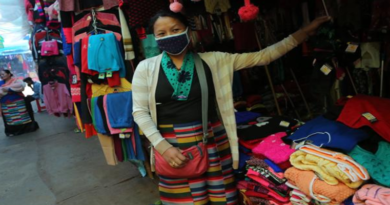 Dipping Temperatures Might Mean Better Business for Tibetan Sweater-Sellers