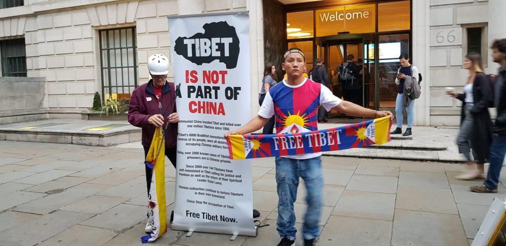 Lhakar or Wednesday Vigil in London