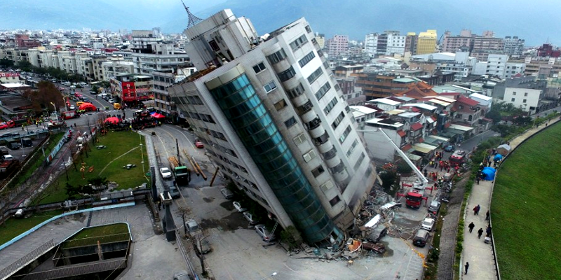 Earthquake Topples Many Buildings in Taiwan, 214 Injured