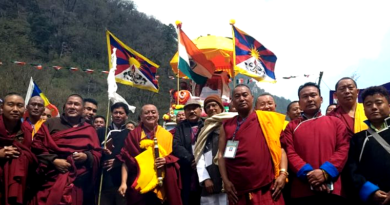 India, China Must Talk to Resolve Tibet Issue