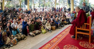 Dalai Lama Will Talk to Tourists Visiting Dharamsala