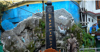 Danish Students Group Renovate Tibetan Martyrs Pillar