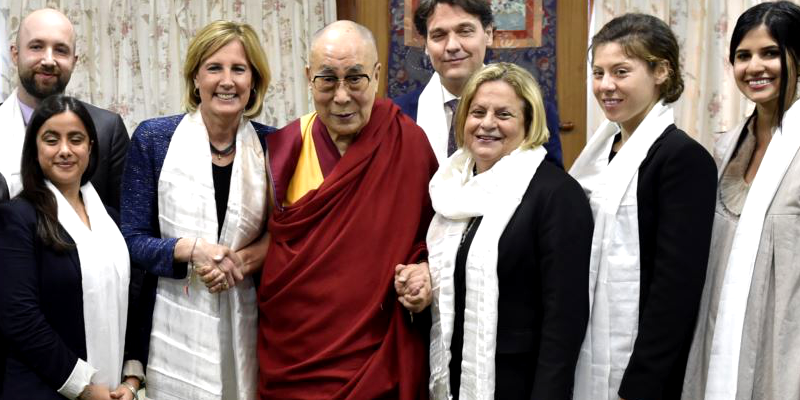 US Congressional Delegation Meets Dalai Lama in India