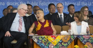 Chinese Delegation Warns US not to Support Dalai Lama