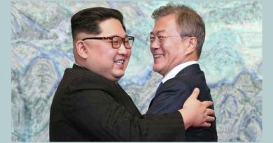 Dalai Lama Congratulates Korean Leaders' Peace Initiative