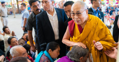 Indian Govt. Orders Restriction of Unidentified Tibetans Meeting Dalai Lama