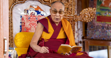 His Holiness the Dalai Lama Condemns 'Lama' Politics