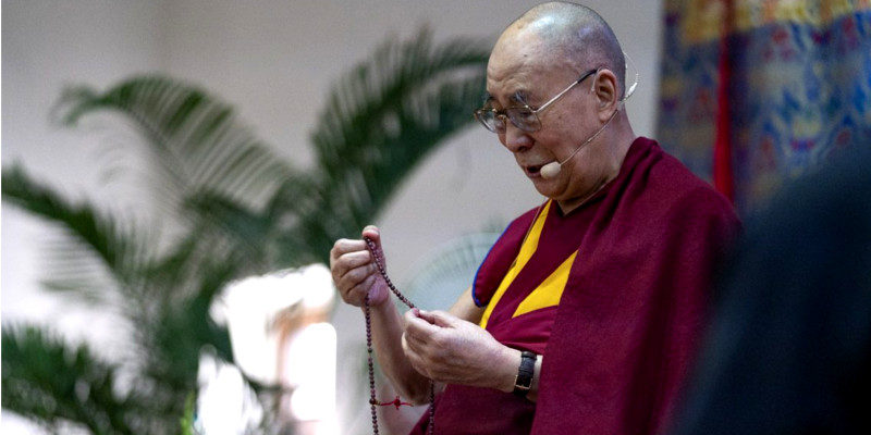 Dalai Lama Returns in Best Health, Cheerful Public Welcomes