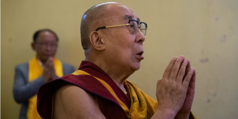 Dalai Lama Thanks Medical Staff Fighting Coronavirus on the Frontline