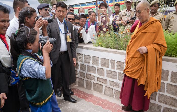 H H Dalai Lama Poses for Students