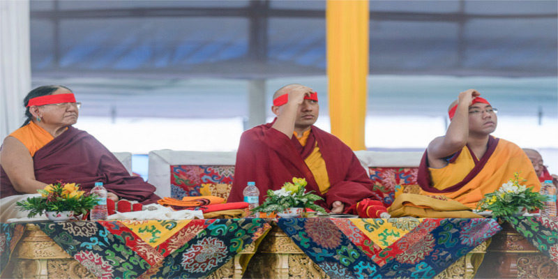 Sakya Trizin: We Should Never Forget His Holiness The Dalai Lama's Words