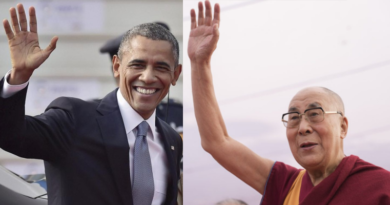 Barack Obama Meet Dalai Lama In New Delhi