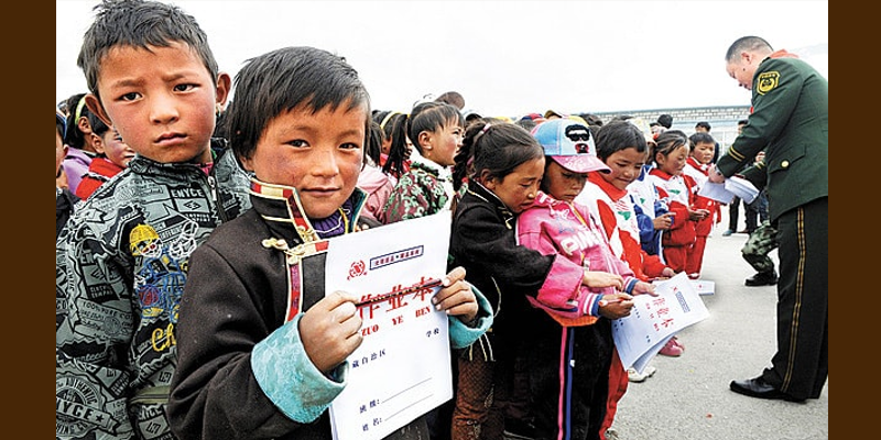 Chinese Professor Warns Western Media Tibetan Education Not Suppressed by China