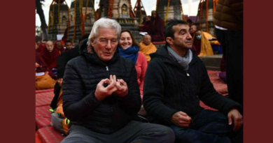 Richard Gere Arrives in Bodh Gaya To Attend Dalai Lama Teachings
