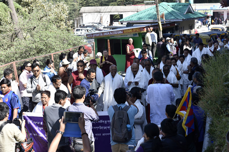 The members of the march party being welcomed in Dharamsala