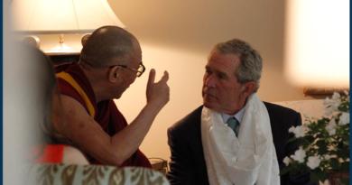 Dalai Lama Condoles George Bush on His Mother's Death