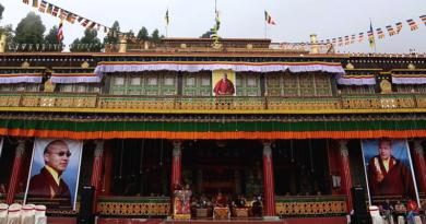 Rumtek Celebrates Karmapa's 33rd Birthday Anticipating His Visit