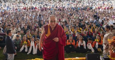 Dalai Lama Graces a Visit to the Tibetan College in Bengaluru
