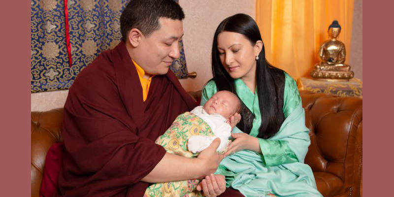 Karmapa Thaye Dorjee Shares Pictures of His Newborn Son