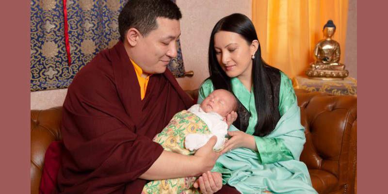 Karmapa Thaye Dorjee Shares Pictures of His Newborn Son