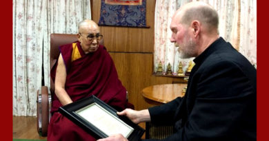 Pacem Award Brought from US, Awarded to Dalai Lama in India