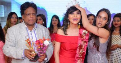 Tibetan Girl Wins Miss Himalaya Global Title in New Delhi