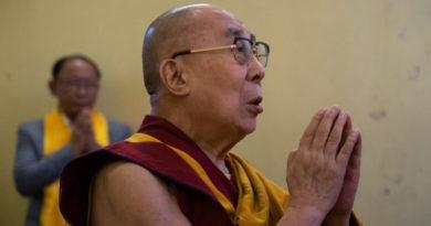 Dalai Lama Thanks Medical Staff Fighting Coronavirus on the Frontline